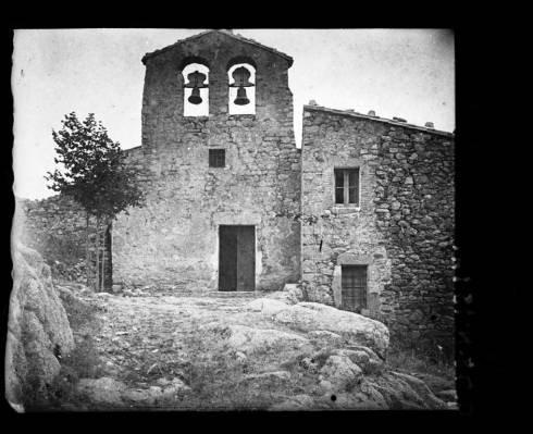 Campanar_i_faana_del_monestir_Sant_Maral_de_Montseny